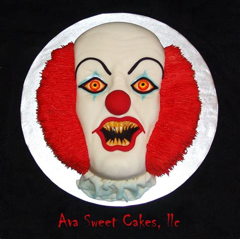 Pennywise - This is the creepiest cake I have ever made