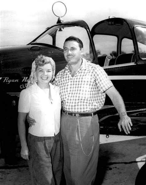 Jon Hall and wife, Frances Langford | Old hollywood actors
